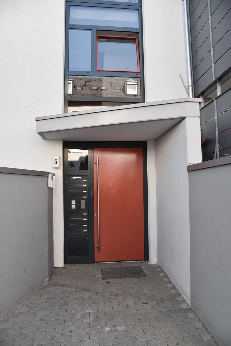 Zugang zu Haus Nr. 5