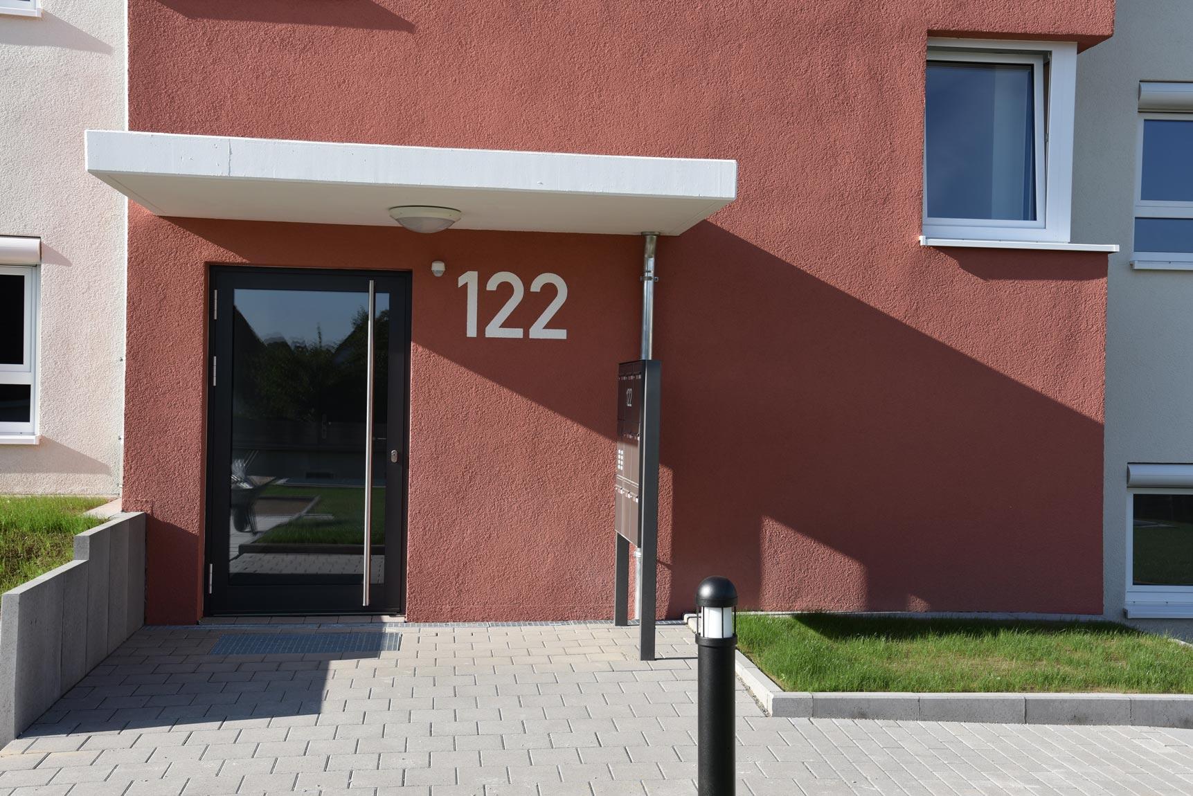 Eingang 122