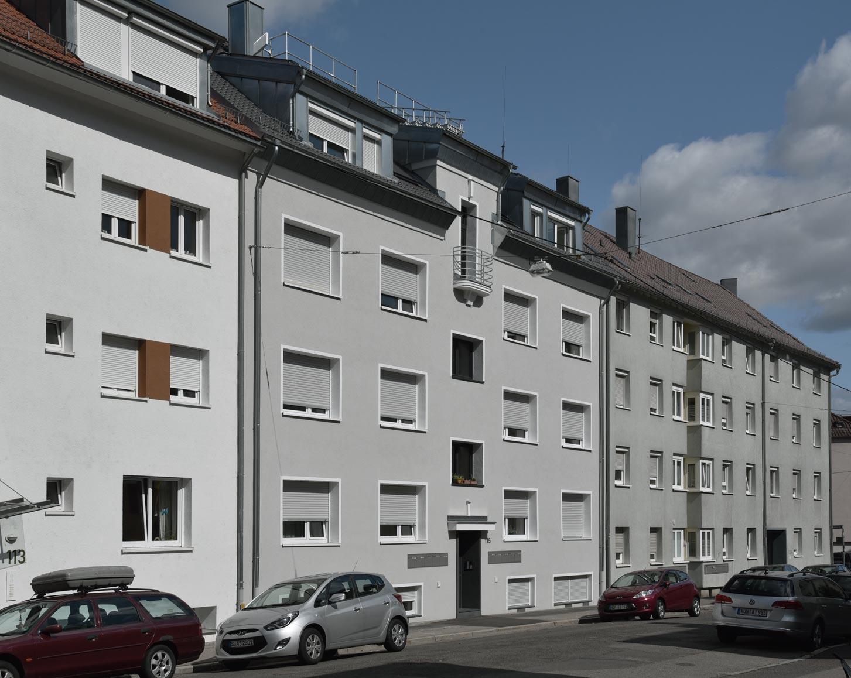 Die Voll-Modernisierung des privaten 10-Familien-Hauses Bergstraße 115 zu einem KfW-Effizienzhaus 100 ist abgeschlossen. <br /><br />